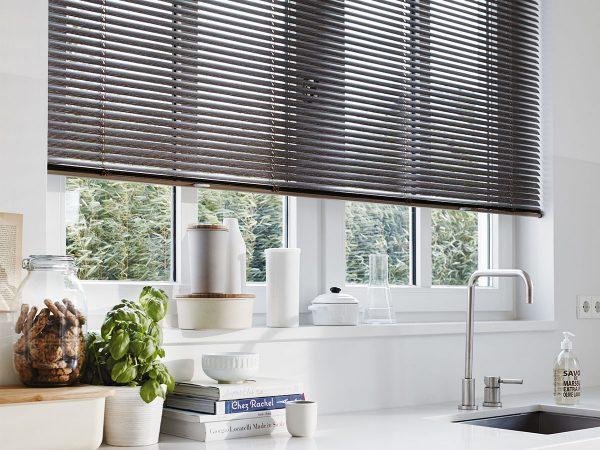 Luxaflex horizontale jaloezieën - Plaisier Interieur