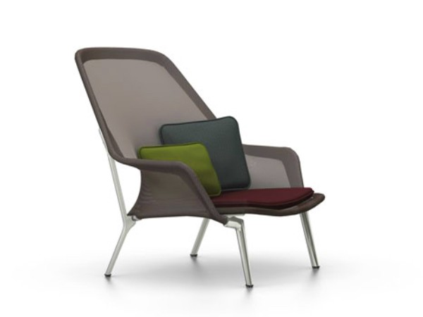 Vitra slow chair bruin met gepolijst onderstel