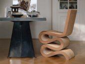 Vitra wiggle side chair sfeerfoto 1