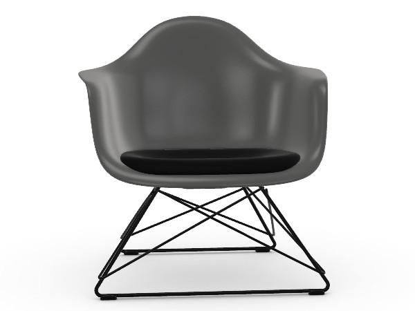 Vitra Eames Plastic Armchair LAR stoel productafbeelding