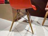Vitra eames plastic armchair poppy rood 1