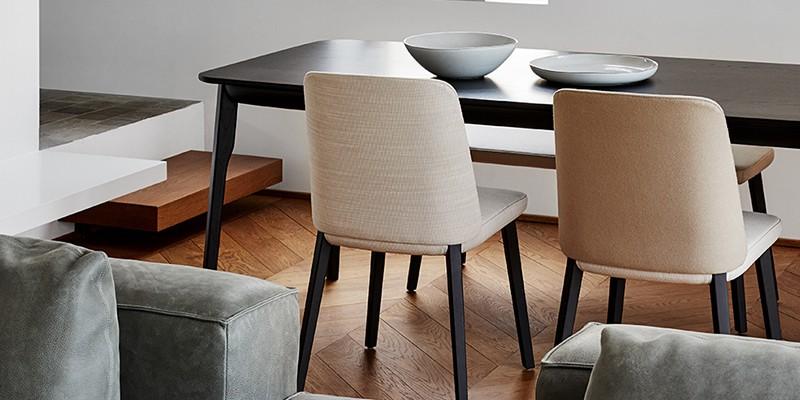 Design stoelen bij Plaisier Interieur